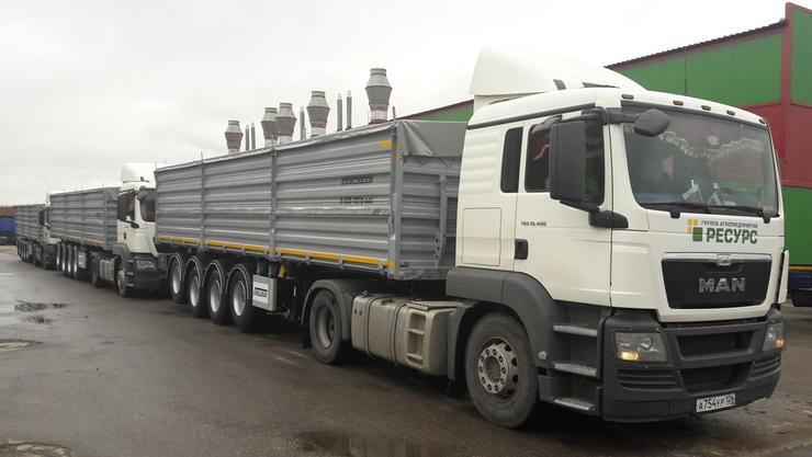 Началась отгрузка крупной партии полуприцепов зерновозов STEELBEAR из шведской стали STRENX 700MC